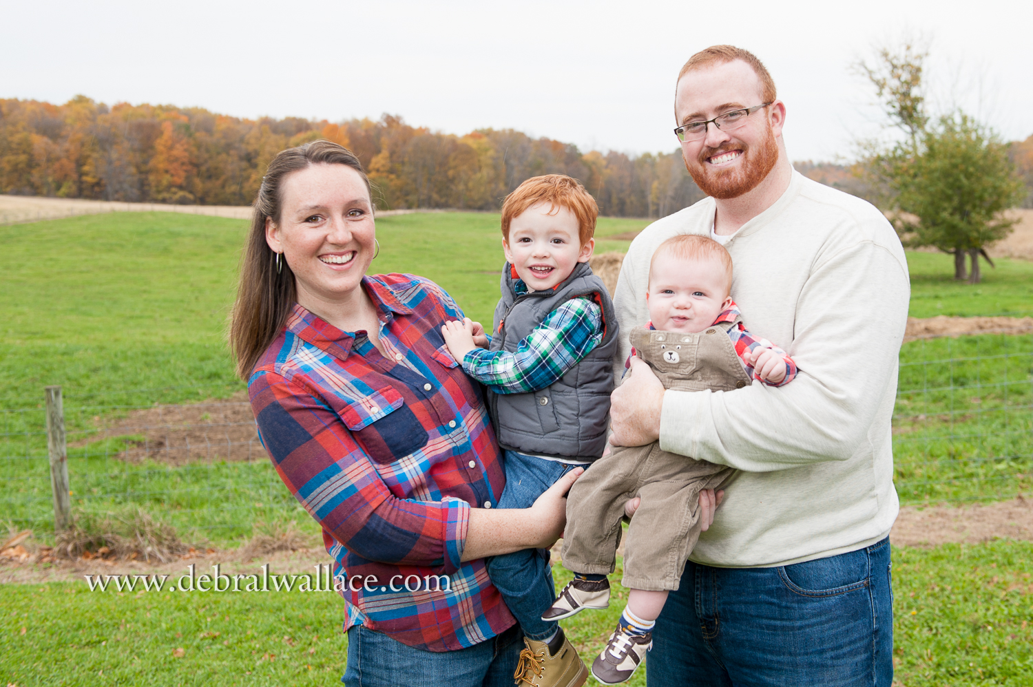 victor family farm portrait photography-