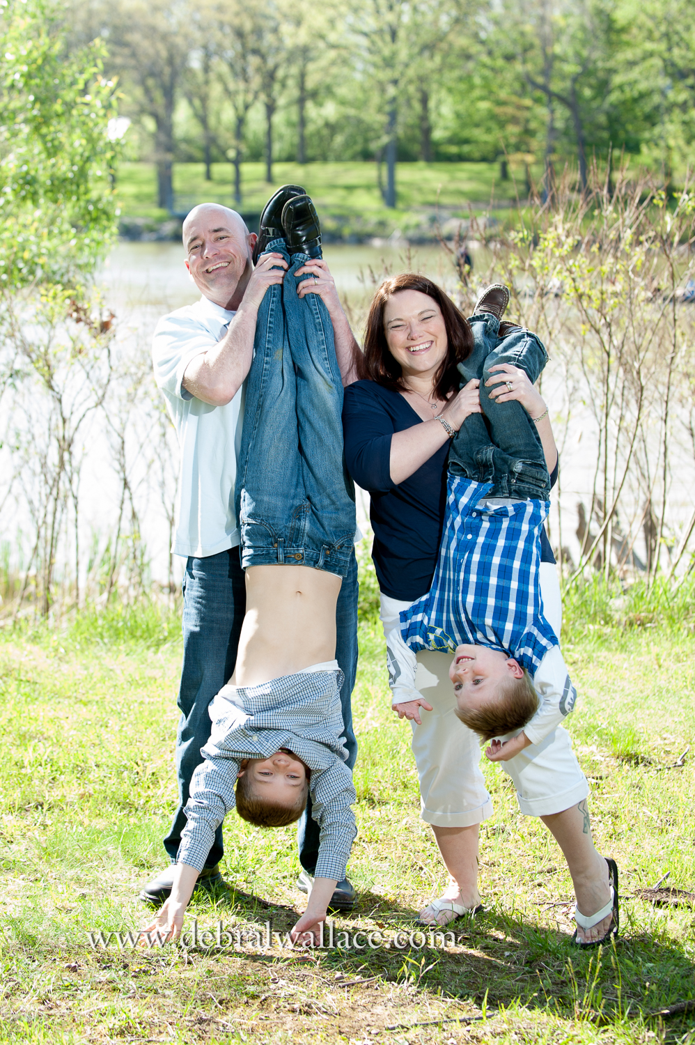 playful family portraits rochester ny--3