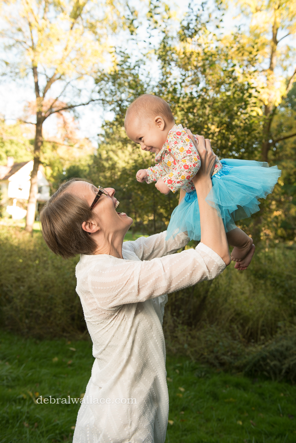 corbetts-glen-candid-family-photography-playful-baby-sibling-photos-0616